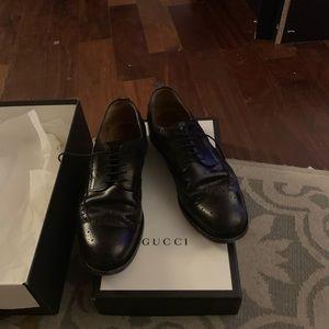 Gucci blk brogues